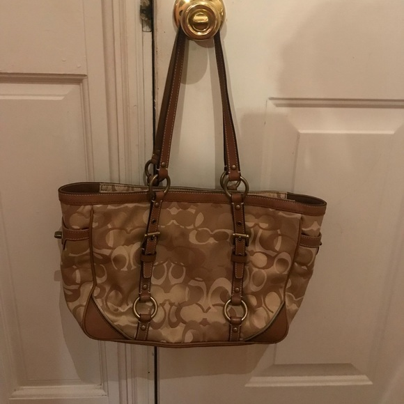4020155f514 Coach Bags   Authentic Signature Optic Tote D1059f15669   Poshmark